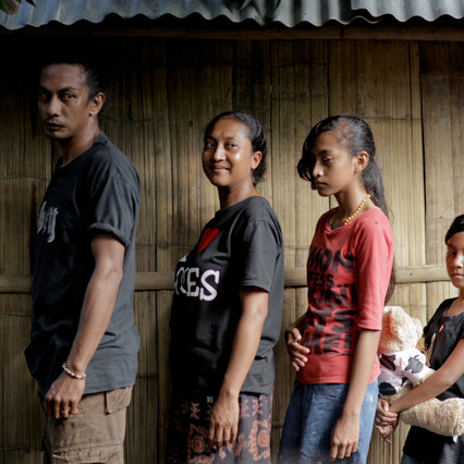 Flores - Indonesia, Family